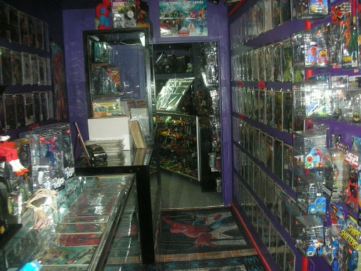 Raven Toys, Comics & Games in Winnipeg, MB